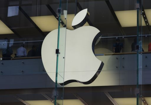 Apple, la California dice sì ai test per la guida autonoma