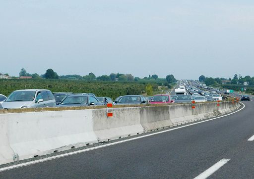 Autostrade, scioperano i casellanti: disagi in vista