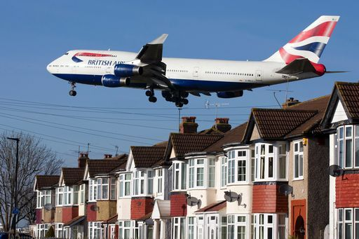 Aerei British Airways ancora a terra