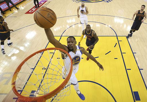 Basket: Golden State vince 2° titolo in tre anni