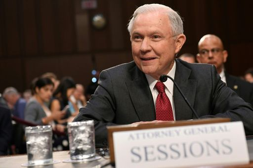 Sessions: mia collusione con Russia? Una