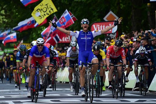 Tour de France: Kittel vince a Liegi, Thomas resta in giallo
