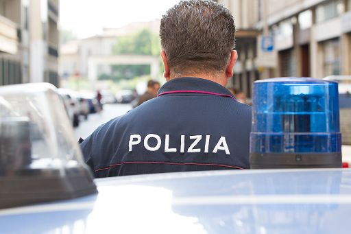 Aggressione con la soda caustica: ustionato clochard di 43 anni