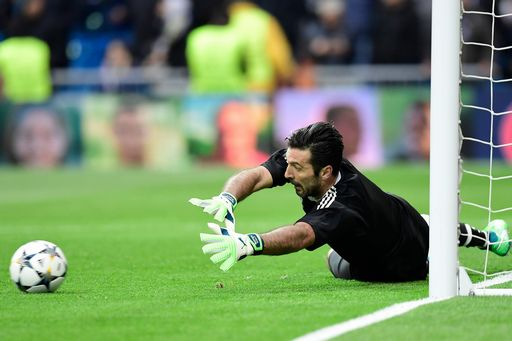 Champions League, Busacca a Buffon: