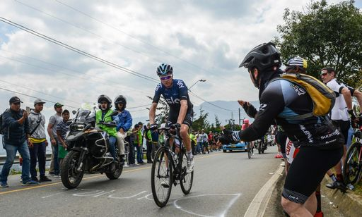 Incidente per Chris Froome, salta il Tour de France