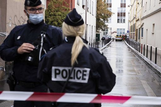 La vicenda del professore decapitato da un 18enne in Francia