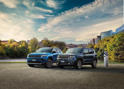 Jeep Compass e Renegade 4xe, ibride plug-in più vendute in Italia